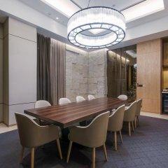 Отель Aloft Seoul Myeongdong в номере