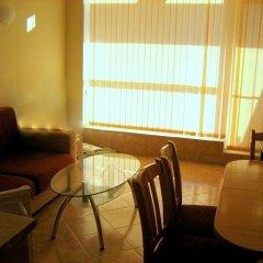 Апартаменты Bulgarienhus Sunset Beach 2 Apartments Солнечный берег комната для гостей фото 2