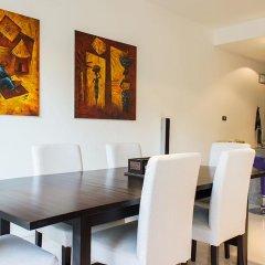 Отель Kamala Hills By Alexanders в номере