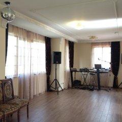 Отель R&R Spa Villa Trakai Литва, Тракай - отзывы, цены и фото номеров - забронировать отель R&R Spa Villa Trakai онлайн фитнесс-зал