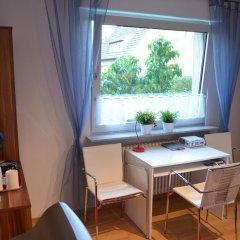Отель Quartier Ostheim Кёльн комната для гостей фото 2