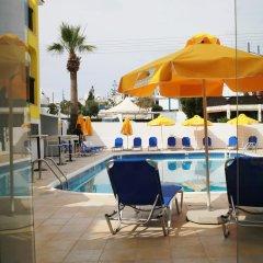 Sea Cleopatra Napa Hotel бассейн