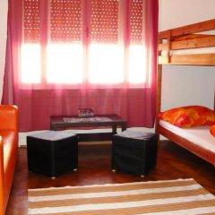 Boomerang Hostel and Apartments Кровать в общем номере с двухъярусной кроватью фото 7