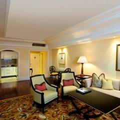 Отель The Leela Palace Bangalore 5* Номер Делюкс с различными типами кроватей фото 2