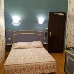 Отель Hôtel Sibour 2* Стандартный номер с различными типами кроватей фото 3
