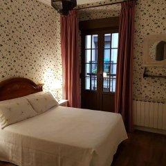 Отель Pensión Amaiur Стандартный номер с различными типами кроватей фото 3