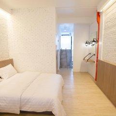 Отель Glur Bangkok Стандартный номер разные типы кроватей фото 32
