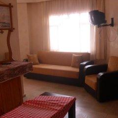 Tolya Hotel 2* Стандартный семейный номер с различными типами кроватей фото 6