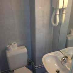 Отель Hôtel DAnjou ванная фото 2