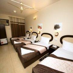 Grand Sina Hotel Стандартный семейный номер с различными типами кроватей фото 3