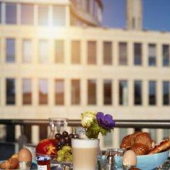 Отель The Doorman Die Welle Frankfurt Германия, Франкфурт-на-Майне - отзывы, цены и фото номеров - забронировать отель The Doorman Die Welle Frankfurt онлайн спортивное сооружение