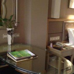 Отель Xiamen Jin Rui Jia Tai Hotel Китай, Сямынь - отзывы, цены и фото номеров - забронировать отель Xiamen Jin Rui Jia Tai Hotel онлайн удобства в номере фото 2