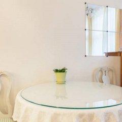 Отель Iso Roobertinkatu Финляндия, Хельсинки - отзывы, цены и фото номеров - забронировать отель Iso Roobertinkatu онлайн ванная фото 2