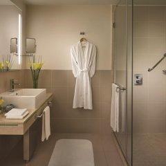 Traders Hotel Qaryat Al Beri Abu Dhabi, by Shangri-la 4* Улучшенный номер с различными типами кроватей
