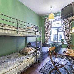 Хостел Друзья на Банковском Номер с общей ванной комнатой с различными типами кроватей (общая ванная комната) фото 19