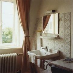 Hotel Jedermann 2* Номер с общей ванной комнатой с различными типами кроватей (общая ванная комната) фото 2
