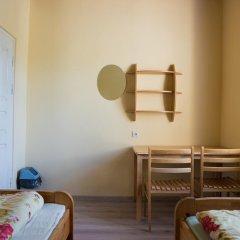 Fortuna Hostel Стандартный номер с 2 отдельными кроватями (общая ванная комната)