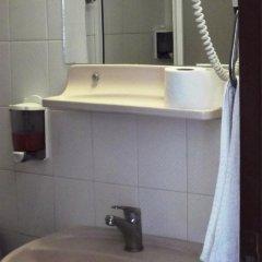 West Ada Inn Hotel 3* Стандартный номер разные типы кроватей фото 7