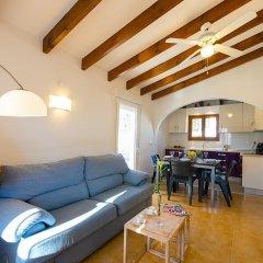 Отель Villa Neus комната для гостей фото 2