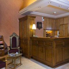 Отель Hôtel du Palais Bourbon Франция, Париж - отзывы, цены и фото номеров - забронировать отель Hôtel du Palais Bourbon онлайн интерьер отеля