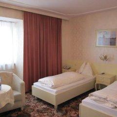 Отель Aviano Pension 4* Стандартный номер с двуспальной кроватью фото 9