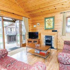 Отель Exmoor Gate Lodges комната для гостей