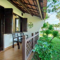 Отель Agribank Hoi An Beach Resort 3* Номер Делюкс с различными типами кроватей фото 12