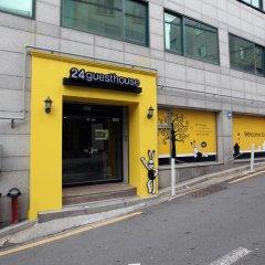 Отель 24 Guesthouse Namsan Южная Корея, Сеул - отзывы, цены и фото номеров - забронировать отель 24 Guesthouse Namsan онлайн банкомат