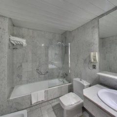 Silken Indautxu Hotel 4* Номер Комфорт с различными типами кроватей фото 6