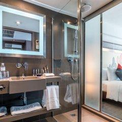 Отель Novotel Bangkok Silom Road 4* Улучшенный номер с различными типами кроватей фото 5