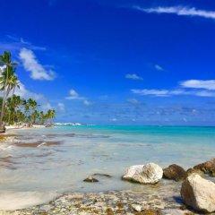 Отель Los Corales Villas Ocean Front Доминикана, Пунта Кана - отзывы, цены и фото номеров - забронировать отель Los Corales Villas Ocean Front онлайн пляж фото 2