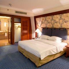 Отель Hilton Hanoi Opera 4* Номер Делюкс разные типы кроватей фото 5