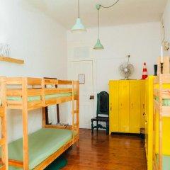 Отель Dona Fina Guest House Кровать в общем номере с двухъярусной кроватью фото 2