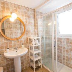 Отель Villa Sa Caleta Испания, Льорет-де-Мар - отзывы, цены и фото номеров - забронировать отель Villa Sa Caleta онлайн ванная