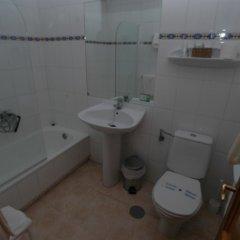 Отель Campomar De Isla Арнуэро ванная