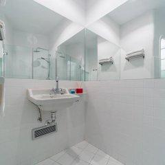 Отель Apartamento Travel Habitat Teatro Principal Испания, Валенсия - отзывы, цены и фото номеров - забронировать отель Apartamento Travel Habitat Teatro Principal онлайн ванная фото 2