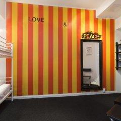 Stockholm Hostel Стандартный номер с 2 отдельными кроватями (общая ванная комната) фото 3