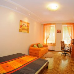Отель Apartaments In Centre Львов комната для гостей фото 3