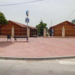 Отель Hostal Gran Avenida Саэлисес парковка