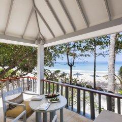 Отель The Surin Phuket 5* Люкс повышенной комфортности с двуспальной кроватью фото 8