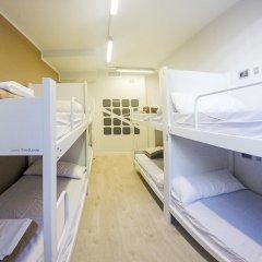 Отель Room018bcn 3* Кровать в общем номере с двухъярусной кроватью