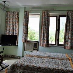 Om Niwas Suite Hotel 3* Люкс с различными типами кроватей фото 5