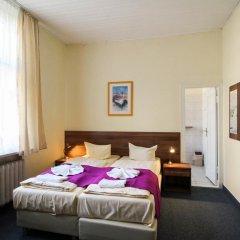 Отель Hotelpension Margrit 2* Стандартный номер с двуспальной кроватью фото 8