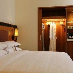 Royal Orchid Sheraton Hotel & Towers 5* Номер Делюкс с разными типами кроватей фото 2