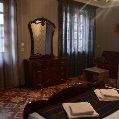 Отель Old Villa Metekhi Грузия, Тбилиси - отзывы, цены и фото номеров - забронировать отель Old Villa Metekhi онлайн удобства в номере фото 2