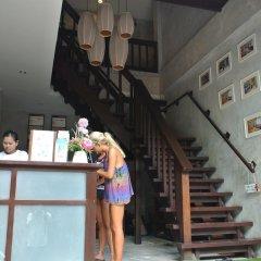 Отель Bans Avenue Guesthouse питание фото 2