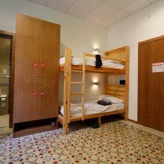 Corner Hostel Стандартный номер с 2 отдельными кроватями