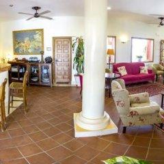Отель Sindhura Испания, Вехер-де-ла-Фронтера - отзывы, цены и фото номеров - забронировать отель Sindhura онлайн гостиничный бар
