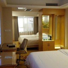 Отель Greentree Inn Dongmen Шэньчжэнь сейф в номере