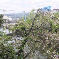 Отель Izukogen Onsen J Garden Ито приотельная территория